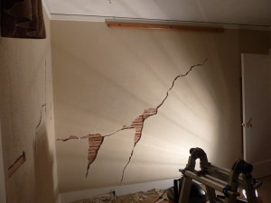 repairing cracks in lath & plaster walls